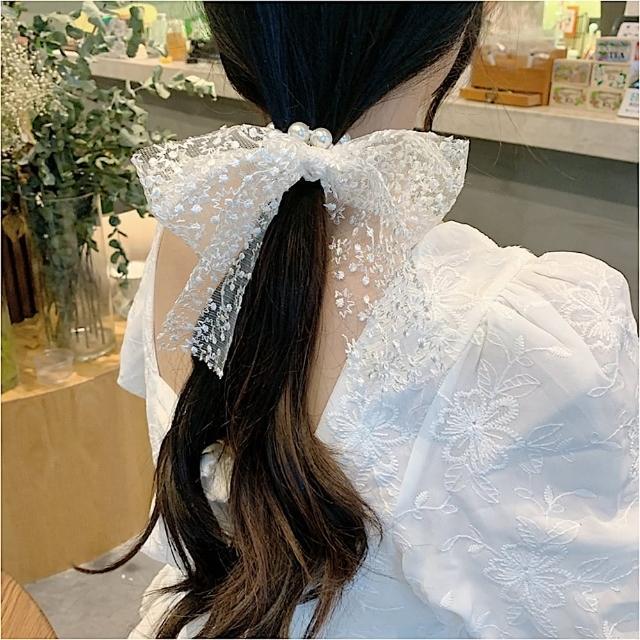 【89 zone】法式古典飄帶蕾絲珍珠蝴蝶結髮圈/髮束 1 入(不挑款/混色隨機出貨)