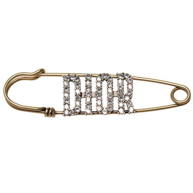 【Dior 迪奧】經典水鑽鑲嵌DIOR字母復古金屬胸針(E0808SYDCY-D301)