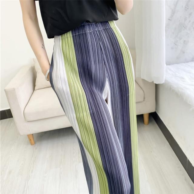 【羽生摺衣】i摺衣-日式 直條紋 褶皺 寬長褲(共二色)