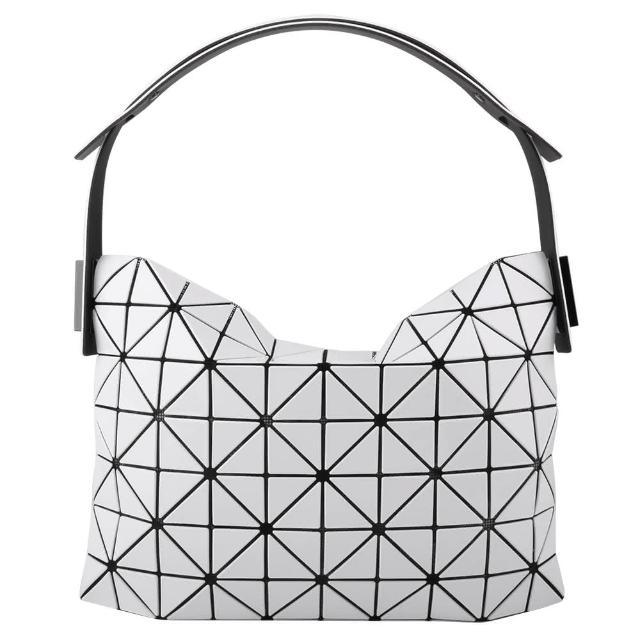 【ISSEY MIYAKE 三宅一生】幾何方格拉鍊彎月型手提/肩背包(霧白/小)