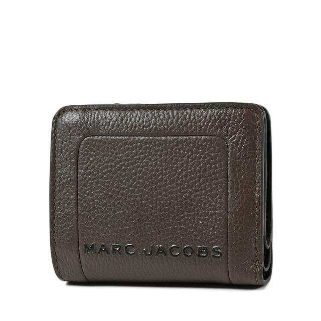 【MARC JACOBS 馬克賈伯】專櫃款 荔枝紋釦式短夾-可可色