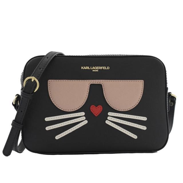 【KARL LAGERFELD 卡爾】老佛爺 紀念款貓咪防刮皮革斜背包方包(黑)